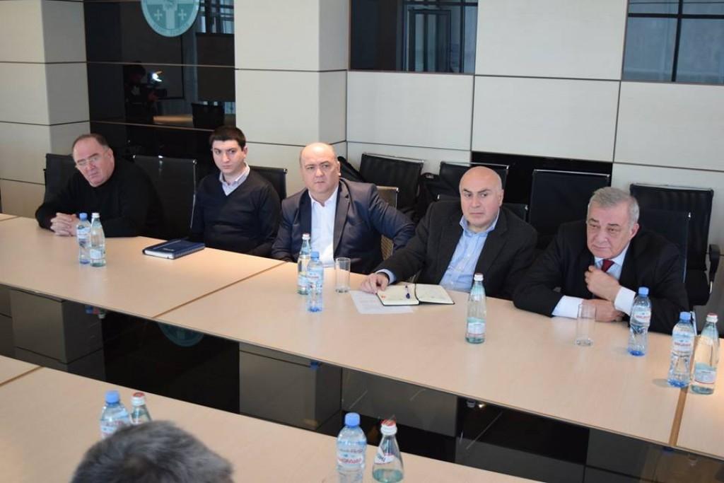 მხარისა და ქალაქის ხელმძღვანელი პირები ირანელ ინვესტორებს შეხვდნენ