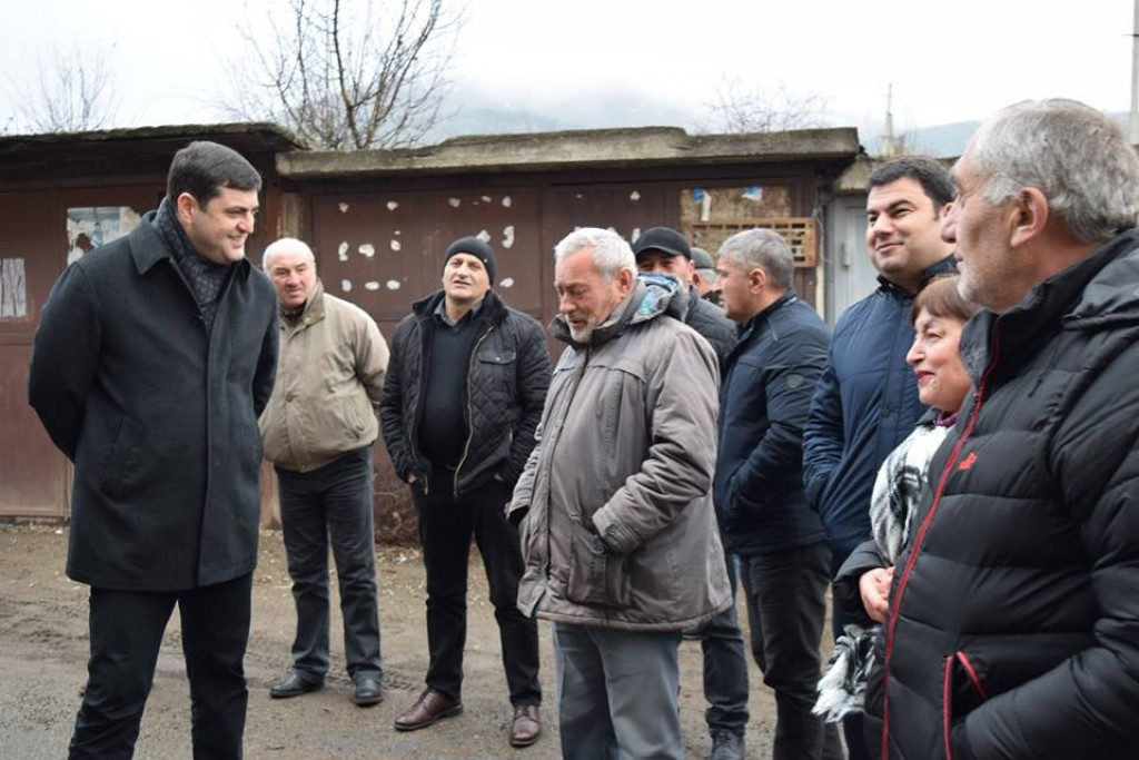 The governor met with the population of Dmanisi