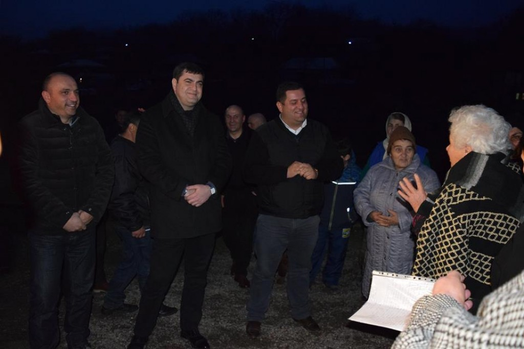 Meeting with the little Dmanisi residents
