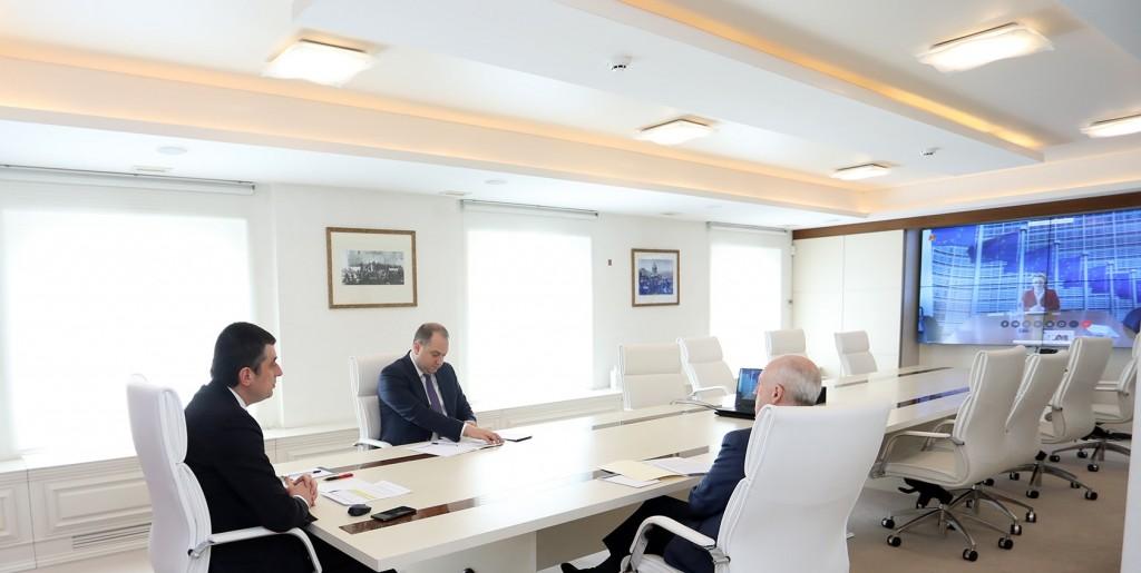 ევროკომისიის პრეზიდენტი ურსულა ფონ დერ ლაიენი მაღალ შეფასებას აძლევს საქართველოს მთავრობის ნაბიჯებს COVID-19-ის გლობალურ პანდემიასთან გამკლავებისა და ქვეყანაში მიმდინარე ეკონომიკური და პოლიტიკური რეფორმების კუთხით