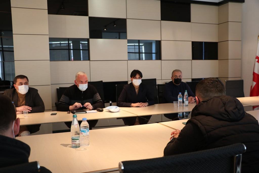 სამუშაო შეხვედრა ქვემო ქართლში სახელმწიფო რწმუნებულის ადმინისტრაციაში