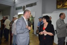 The deputy governor got acquainted with works of Rustaveli artist