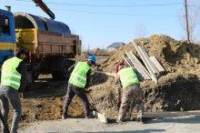 სოფელ ბარეთსა და თეჯისში მილ-ხიდის მშენებლობა მიმდინარეობს
