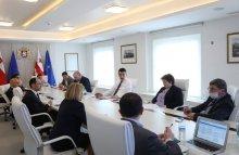 პრემიერ-მინისტრმა ტურიზმის სექტორის აღდგენის სტრატეგიულ გეგმაზე სამუშაო შეხვედრა გამართა