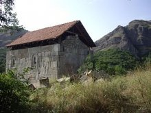 Tetritskaro municipality – Kabeni Monastery