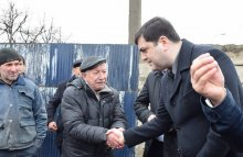 Meeting with the population of the village Nazarlo