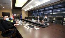 პრემიერ-მინისტრის დავალებით, კონსტანტინე ანანიაშვილმა, უამინდობის გამო, რეგიონების სახელმწიფო რწმუნებულებთან სამუშაო შეხვედრა გამართა